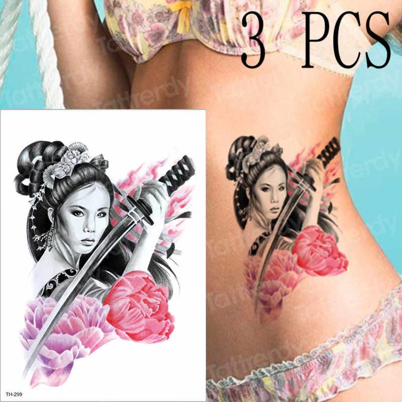 Frauen tattoos bei Tattoo am