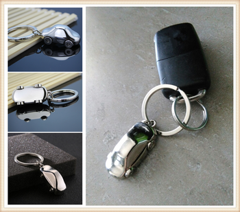 Car shape pendant key chain four wheel model buckle gift for Fiat Croma Linea Ulysse Oltre 600 1200 520 20-30 16-20 image