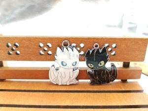 Image 2 - 100pcs cartoon Japanese anime Dragon Enamel Metal Charm necklace Pendants DIY Jewelry Making Party Favors