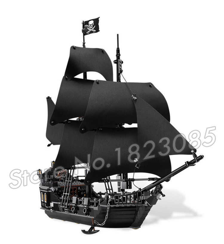 804pcs Pirate Series Pirates of the Caribbean 16006 Black Pearl Model Building Blocks Sets Bricks Toys Compatible With Lego