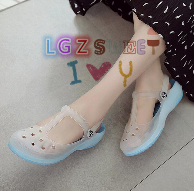 fde60ae226b90 2017 New Style Fashion Woman Summer Change Color Sandals croc Hollow Beach  Shoes Leisure Girls Jelly