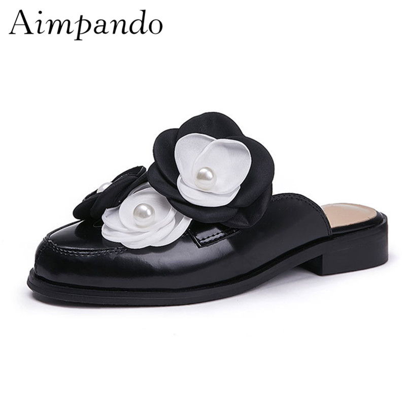 Handmade Flower Genuine Leather Slippers Women Black Round Cover Toes 2019 Spring Fashion Outwear Pearl Mules For WomanHandmade Flower Genuine Leather Slippers Women Black Round Cover Toes 2019 Spring Fashion Outwear Pearl Mules For Woman