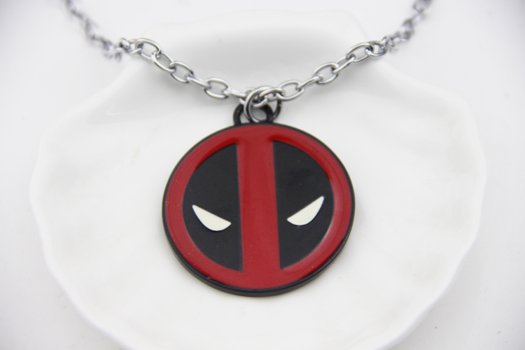 ZRM Fashion Jewelry Deadpool Necklace Personality Red and Black Classic Pendant Vintage Fashion Round Dome Necklaces Wholesale