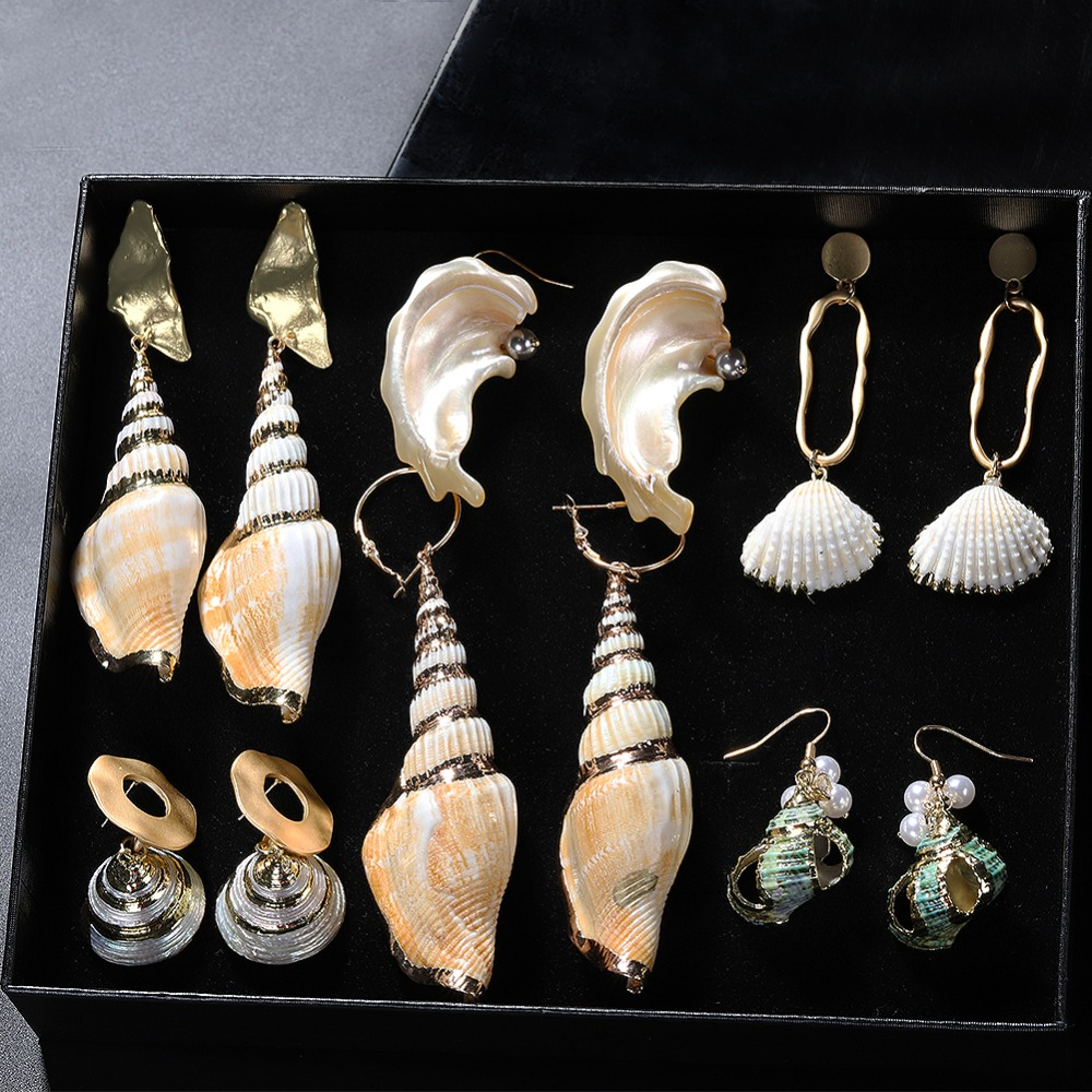 Bridesmaid Gift Beach Wedding Shell Earrings Seashell Jewelry Unique Gift for Her Real Shell Earrings Small Stud Earrings