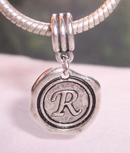 Hot ! 100pcs Tibetan Silver Letter R Alphabet Initial Dangle Bead for European Style Charm Bracelets 27 mm x 19
