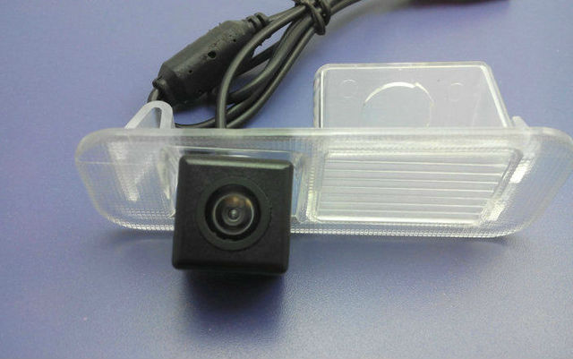 Free shipping 2011 Kia K2 three car reversing CCD camera