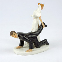 """Violence Drag Leg"" Bride and Groom Toppers Couple Figurine Wedding Funny Cake Topper for Wedding Cake Decoration Party Supplies"