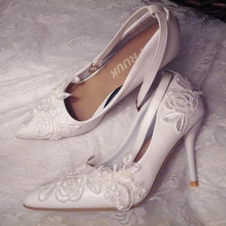 9cm thin high heels white lace wedding shoes woman sexy point toes brides lady party proms dress pumps shoes ankle straps women wedding shoes flat heel round toes plus size bride shoes lady female sweet lace pearls proms dress evening party shoes
