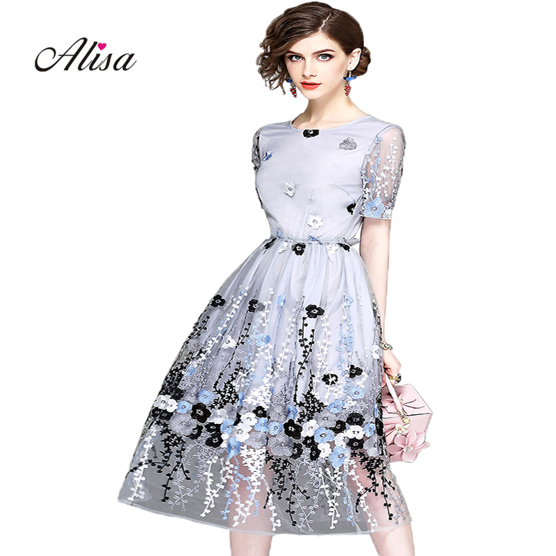 Fashion Women Jacobs Embroidery Dress 2018 Summer Short Sleeve Grace Slim A-line Party Dress Vestidos Femal Vintage Dress Robe