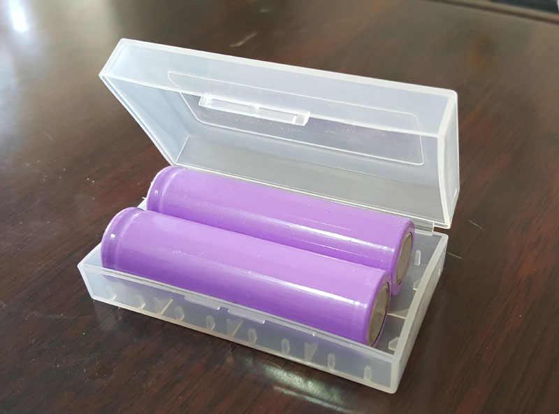 تراكم ليثيوم أيون 18650 بطارية تخزين مربع حالة من البلاستيك يناسب لمصباح يدوي 18650 17670 14500 10440 16340 CR2