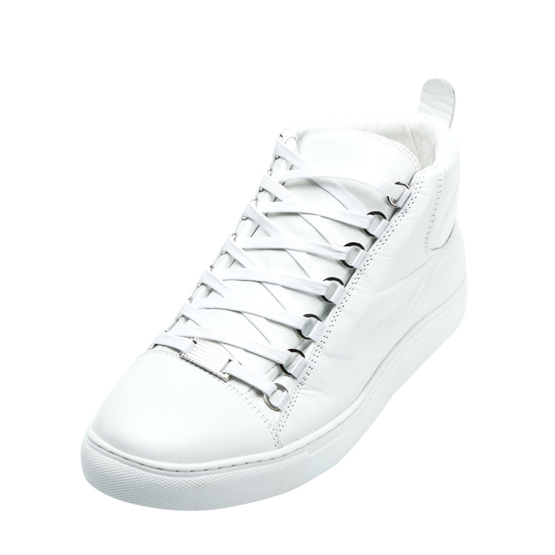 Qianruiti 2019 Men White Creepers Thick Bottom Flat Round Toe Lace-up  Sneakers Men Runway bf812fbfc6ed
