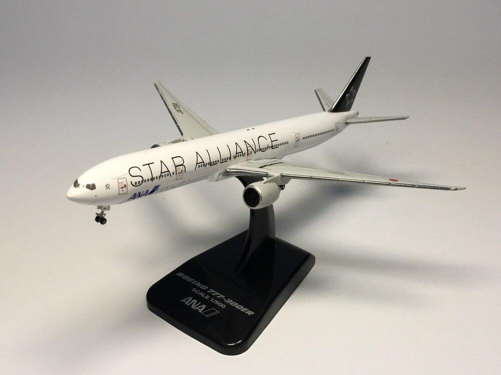 цена  hogan 1:500 ANA - All Nippon Airways B777-300ER JA731A STAR ALLIANCE Diecast Airplane model  онлайн в 2017 году