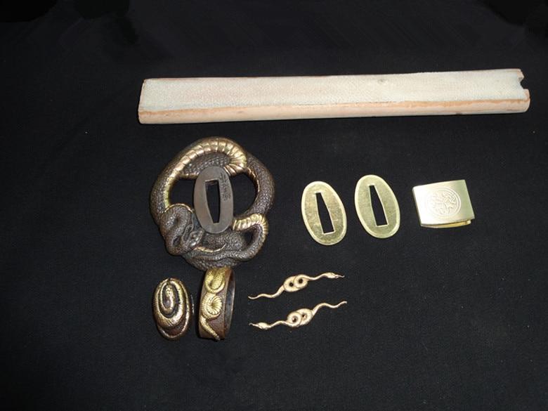 Conjunto de protección de serpiente Tsuba de cobre de alta calidad para espada samurái japonesa Katana accesorio + Piel de pez y madera-in Espadas from Hogar y Mascotas    2