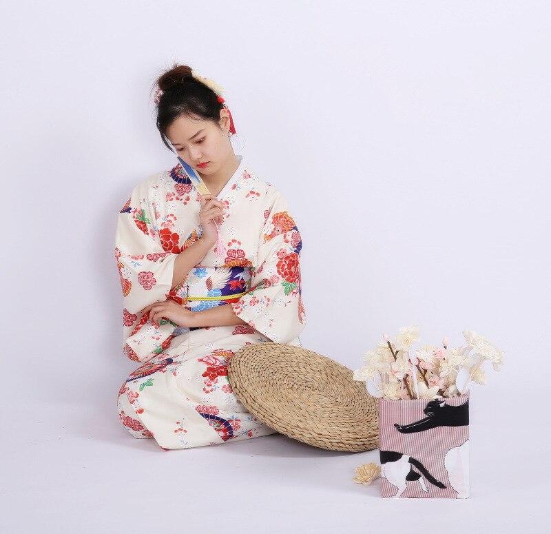Kimono traditionnel japonais quatre saisons universel sans plis