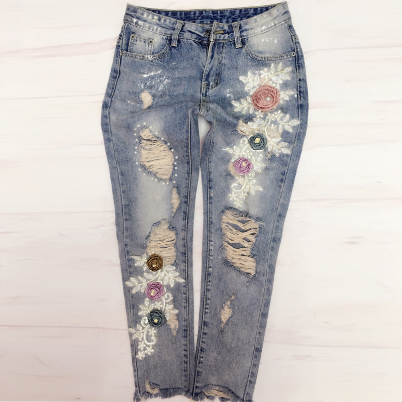 Femmes mode broderie fleur taille moyenne cheville longueur Jeans élégant trou perles Denim pantalon élastique décontracté