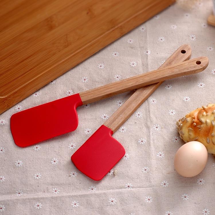 4PCS/Set Silicone Spatula Silicone cake baking tool with bamboo handle scraper high-temperature mixing butter cream spatula 3