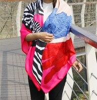 Lujo de seda bufanda mujeres Classic cebra caballo bufanda cuadrada grande de las señoras verano playa bufanda Femme cachecol robó pañuelo