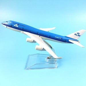 Image 1 - شحن مجاني 16 سنتيمتر 747 KLM سبيكة معدنية نموذج طائرة نموذج طائرة طائرة لعبة هدية عيد ميلاد