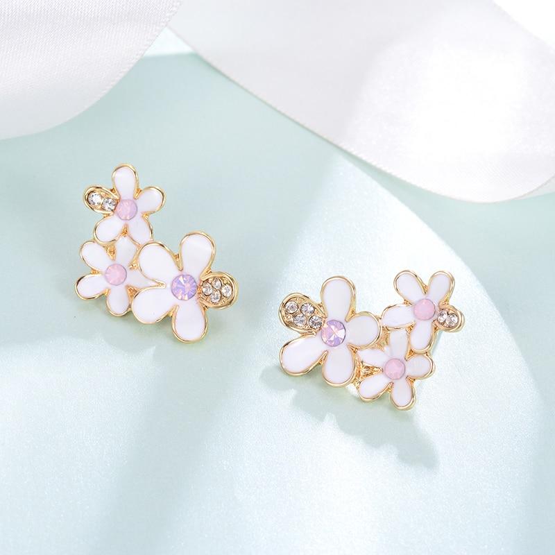 Hongye Flower Earrings for Women Fashion Jewelry Sweet Girls Brincos Summer Fresh Color Stud Earring 2019 Femme Bijoux Ear Nails in Stud Earrings from Jewelry Accessories
