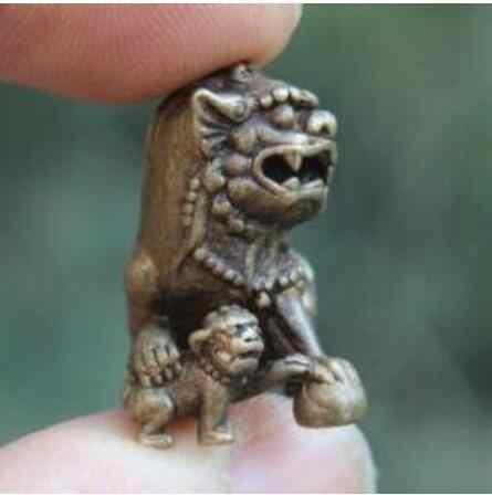 Statua di rame Cina 100% Pure Bronzo Foo Dog Bestia Aniaml Leone Giocare A Palla Amuleto Scultura