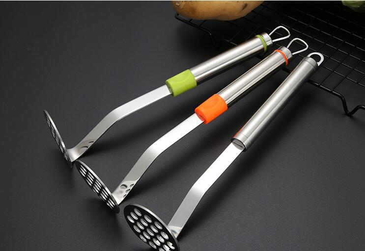 1PC 304 Stainless Steel Potato Pressure Mud Mashed Potato Pressed Masher For Sweet Fruit Family Hotel Restaurant Use OK 0949 in Potato Mashers Ricers from Home Garden