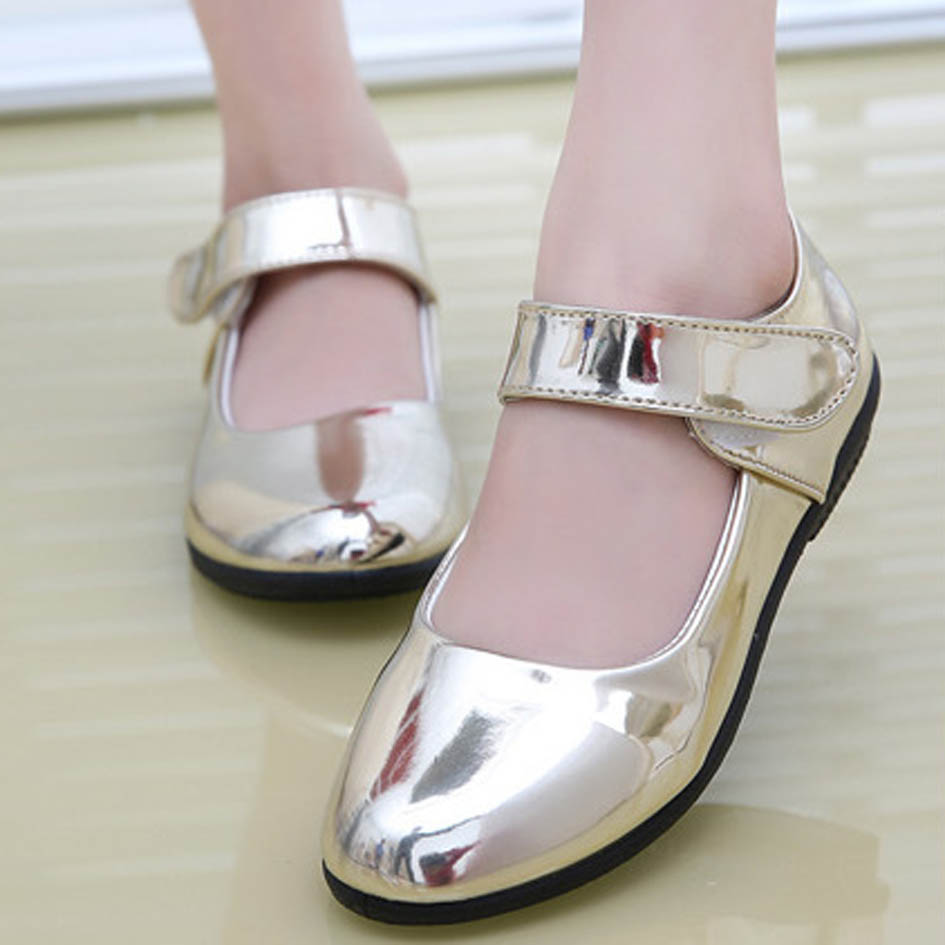 2017 New Shinny Girls Party Shoes Ankle Strap Fashion Kids Shoes Low Heel  Patent Leather Children Girls Shoes Gold Sapatos Ninas-in Leather Shoes  from ... 226ed9a874a5