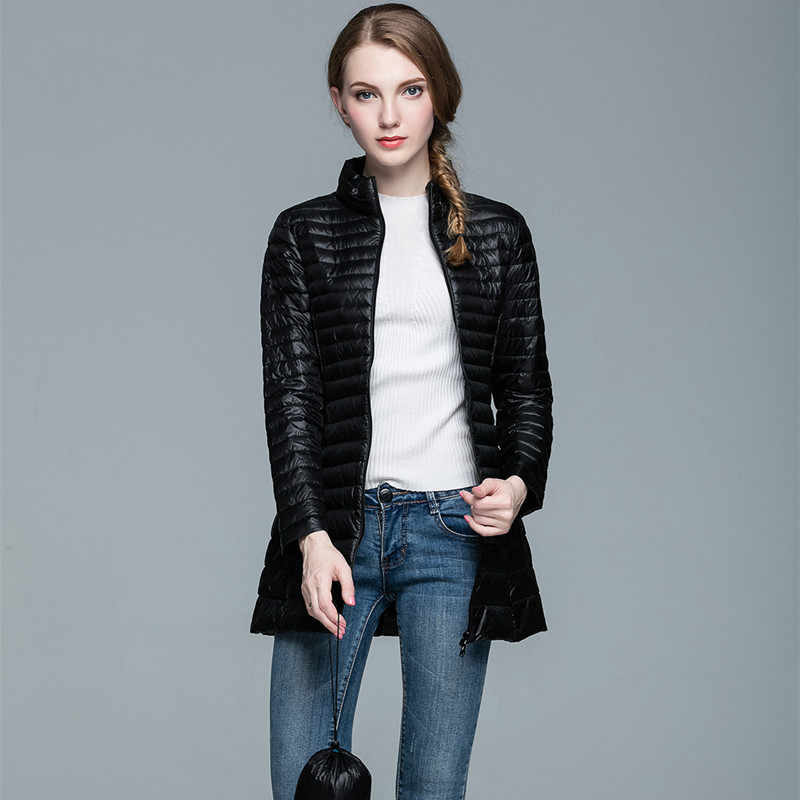 4XL レディースロング冬暖かいコート女性超軽量 90% ホワイトダックダウンジャケット女性のオーバーコートプラス 8 色