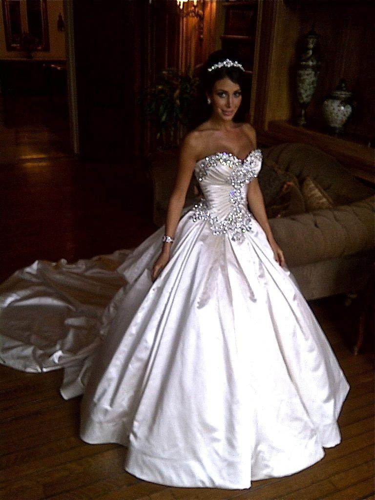 Popular pnina tornai buy cheap pnina tornai lots from for Crystal design wedding dresses price