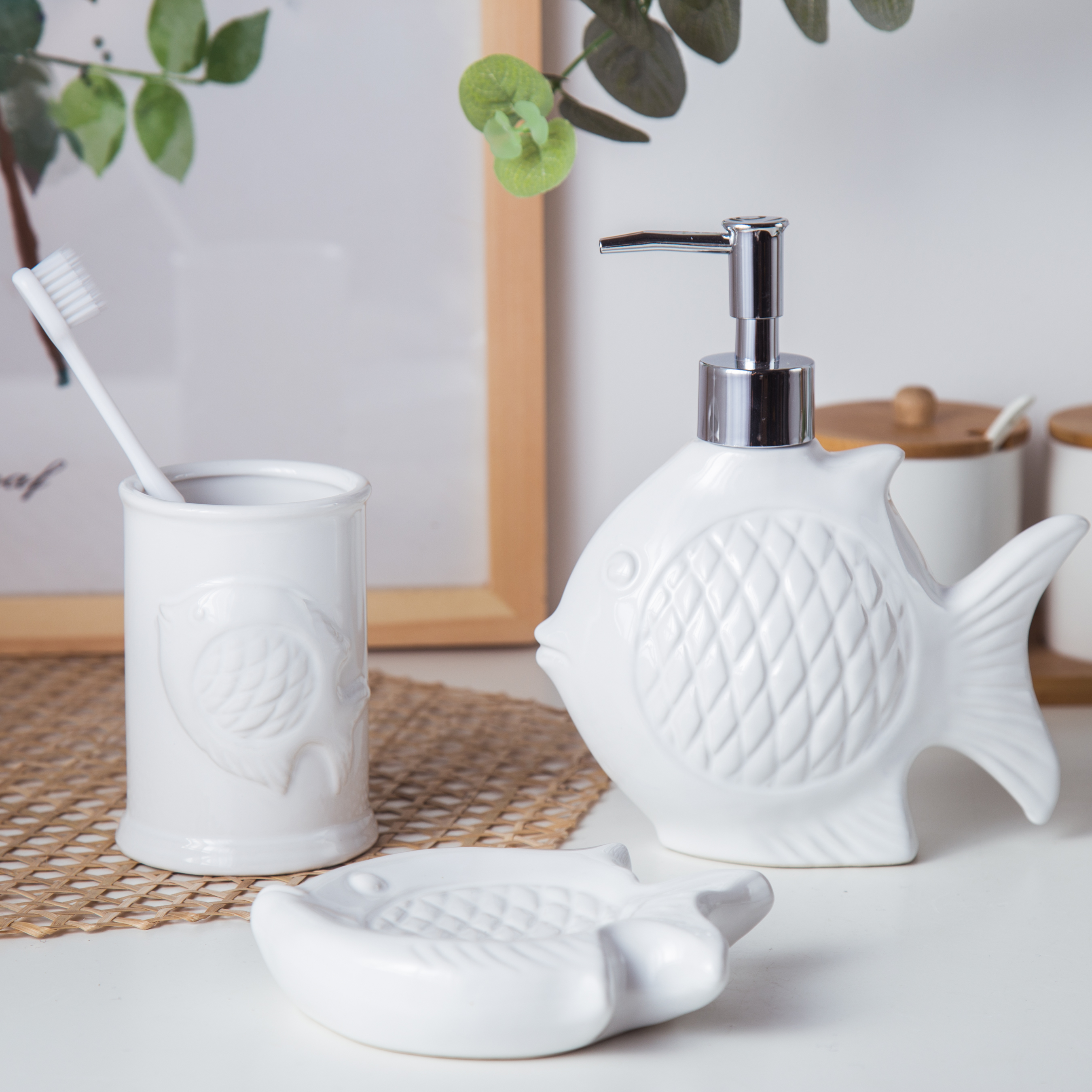 Stile cartone animato animale bagno in ceramica set piatti lavare