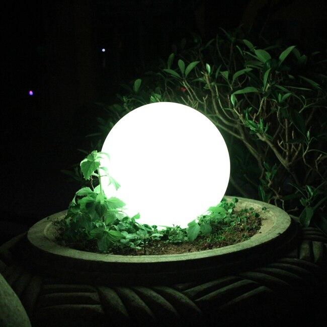2018 nouveau D20cm D25cm D30cm LED lampe solaire boule étanche solaire Spot lumières extérieur chemin applique pour décoration de noël 1 pc