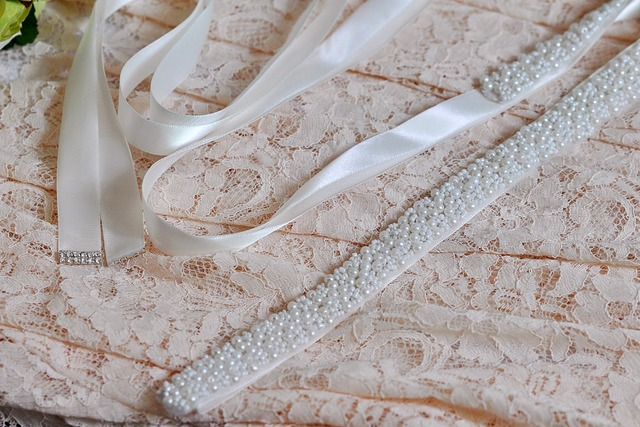TOPQUEEN S204 Crystal Rhinestones Bride Evening Party Gown Dresses Accessories Wedding Sashes Belt/Waistband Bridal Belts Sashes