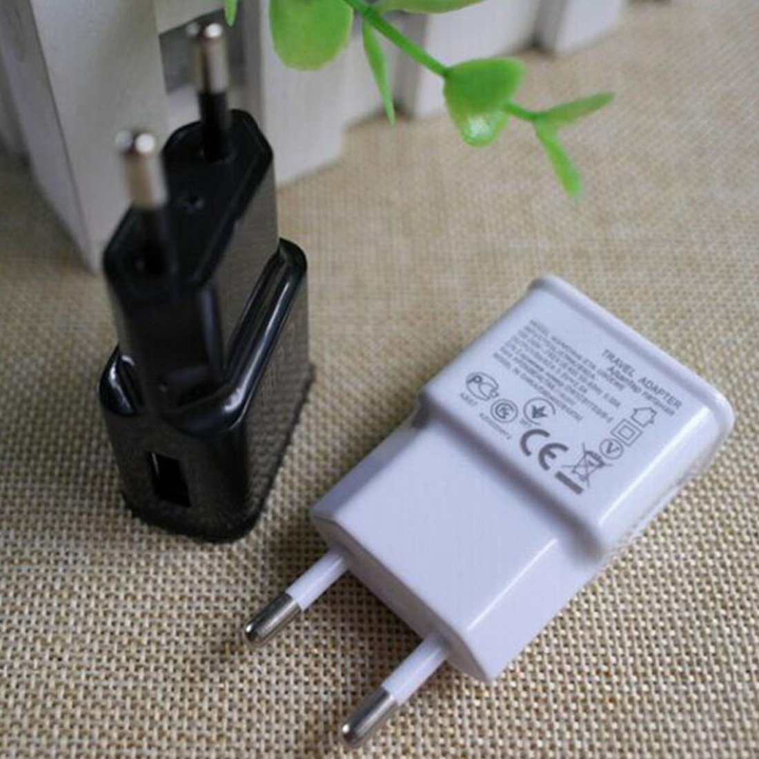 New 1Pc EU/US Plug Desktop Wall Charger Adapter Mobile Phone