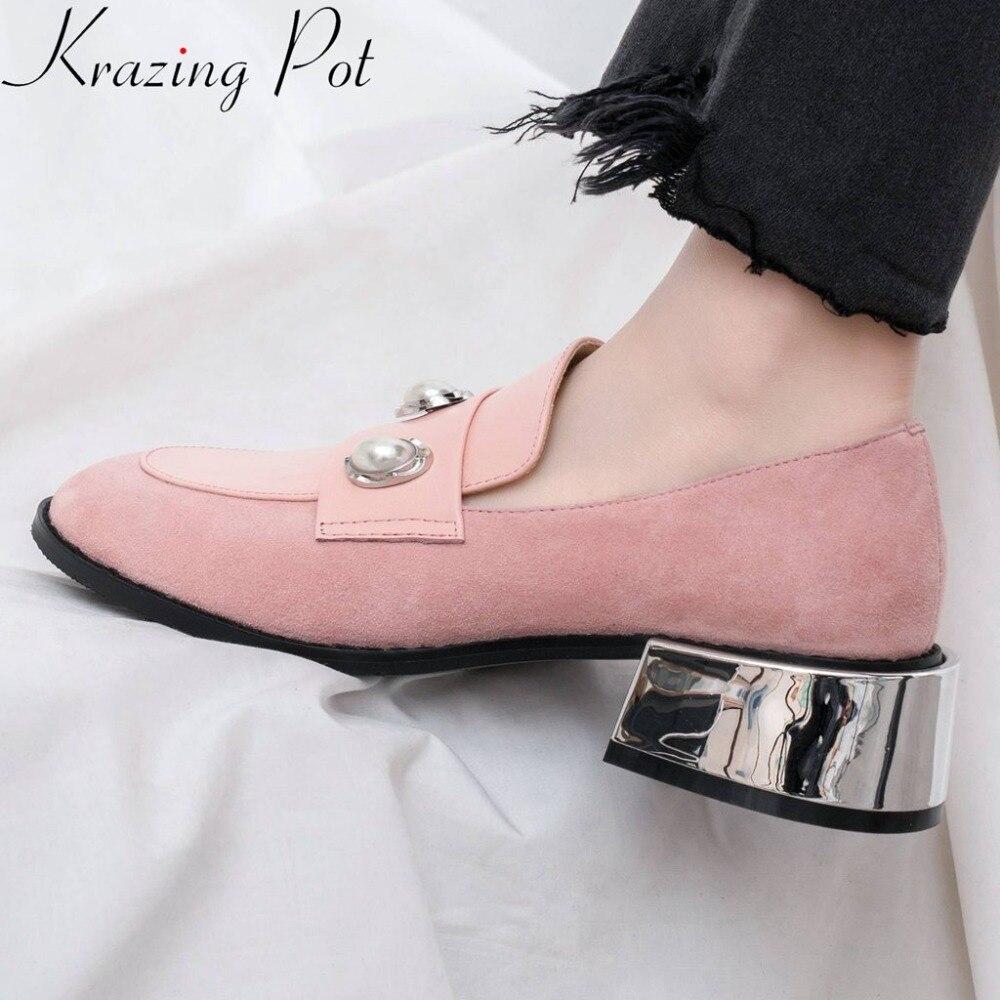 Ayakk.'ten Kadın Pompaları'de Krazing Pot özlü tiki tarzı inci dekorasyon metal tıknaz med topuklu yuvarlak ayak hakiki deri üzerinde kayma pompaları marka ayakkabı l36'da  Grup 1