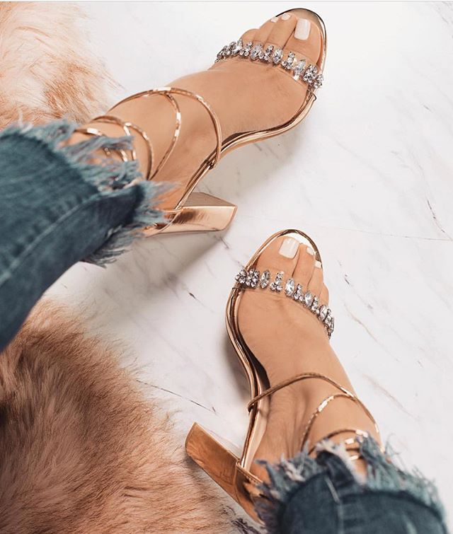 Parkside Wind Gladiator Women Sandals Rhinestone Clear Transparent High Heels Pumps Fashion Summer Party Ladies Shoes XWC1407-5 rhinestone sandals summer shoes women pumps transparent womens shoes heels strappy heels ladies shoes