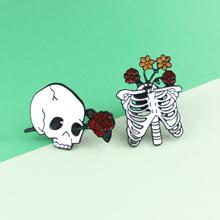 2 Style Gothic emalia szpilki szkielet róża czaszka żebra kwiaty Horror odznaka broszka biżuteria halloweenowa prezent tanie tanio Alloy Anniversary Engagement Gift Party Wedding Zhejiang China OPP Bag Enamel Brooch Finger Classic Skull GDHY Broszki
