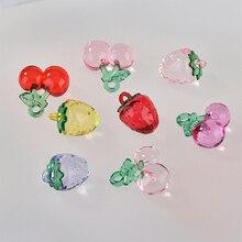 Min order 30 pçs/lote cor material acrílico artesanal cereja/forma de morango pingente diy brincos/vestuário encantos acessório