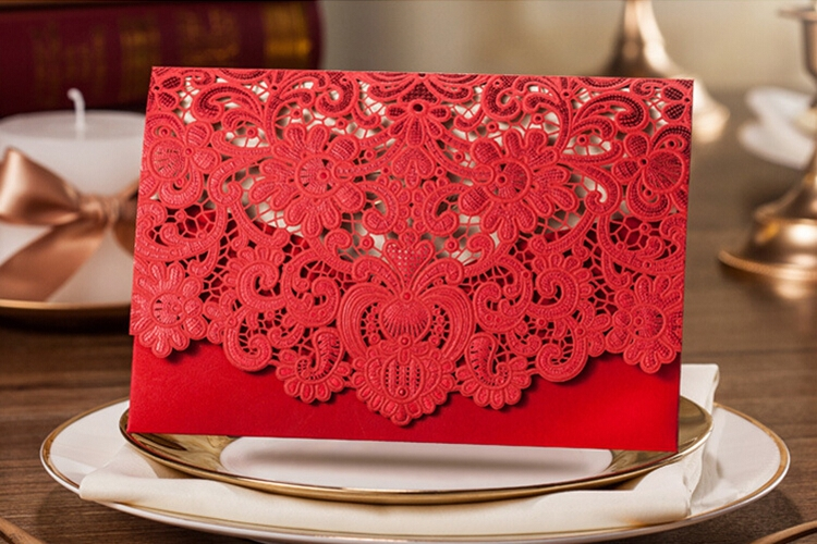 100pcs New Arrival Horizontal Laser Cut Wedding Invitation with Red Hollow Flora Favors,Customizable,CW057