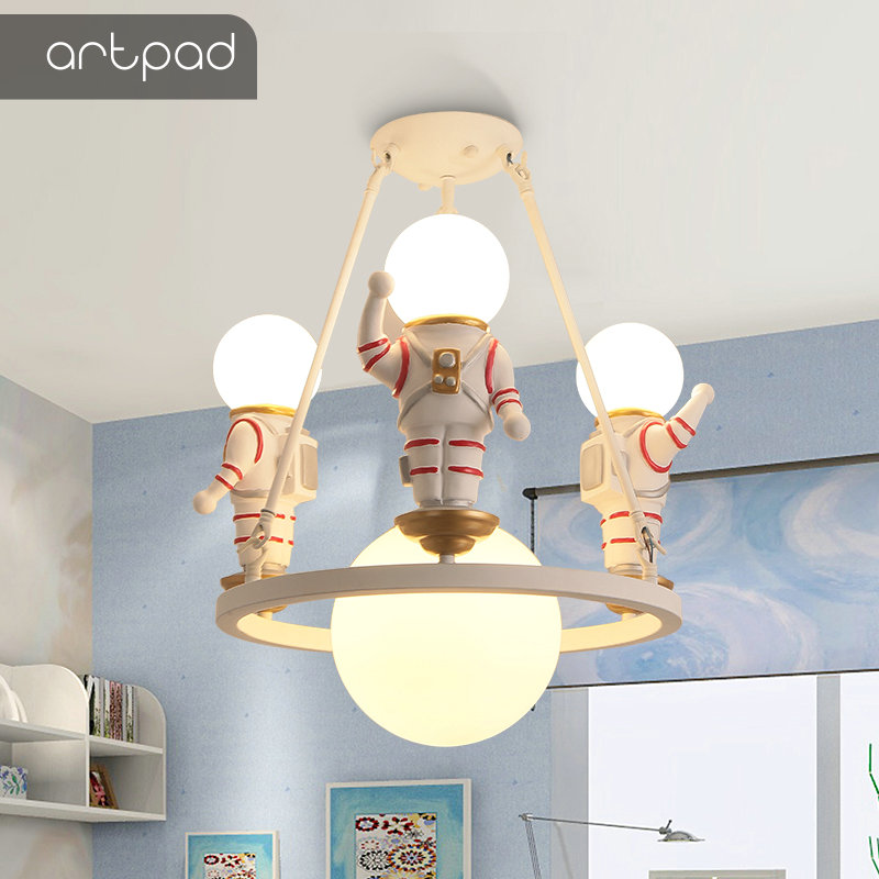 American Decoration Kids Ceiling Light Glass Sconce Cosmonaut Spaceman Astronaut Creative Ceiling Lamp LED Baby Bedroom SchoolAmerican Decoration Kids Ceiling Light Glass Sconce Cosmonaut Spaceman Astronaut Creative Ceiling Lamp LED Baby Bedroom School