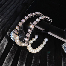 pair of graceful rhinestone circle earrings jewelry for women Korean New Elegant big Pearl Circle Hoop Earrings For Women Shiny Rhinestone statement earrings  Femme Jewelry