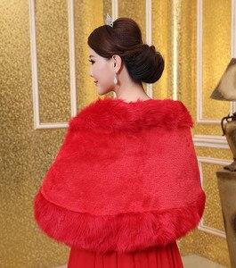 Image 5 - Yeni kadın gelin şal kürk taklit kürk şal zarif sıcak Bolero tilki kuyruğu düğün şal gelin ceket ceket kış kürk pelerin OJ00189