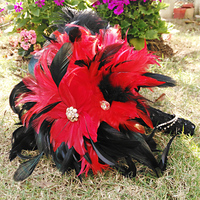Iffo high end custom bride hand holding flower bouquet black red feather water droplets golden diamond pattern texture DIY decor