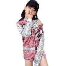 fe2356f7ca859 Los niños de ropa Hip Hop Ropa para Niñas chaqueta cultivo tanque Tops  pantalones cortos de camisa de baile de Jazz traje de bai.