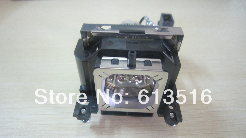 Projector Lamp With housing  610-343-2069 / LMP131 / POA-LMP131 Bulb For SANYO PLC-XU3001 / PLC-XU300K / PLC-XU301 / PLC-XU301K poa lmp18 610 279 5417 for sanyo plc xp07 plc sp20 plc xp10a plc xp10ba plc xp10ea plc xp10na projector bulb lamp with housing