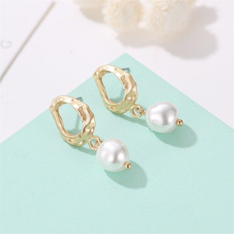2019 Hot Style High Quality Irregular Geometric Drop Earrings Korean Version Palace Baroque Pearl Wholesale