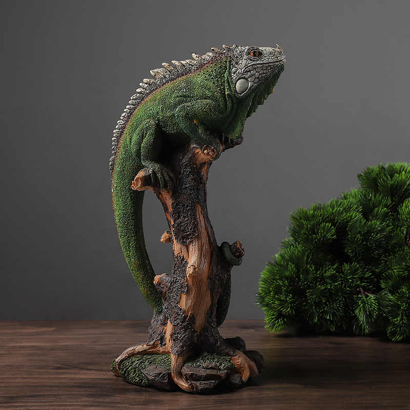 Creative Lizard Crawling On A Dry Trunk Vintage Statue Home Decor Crafts Room Decoration Objects Wild Animals Resin Figurines