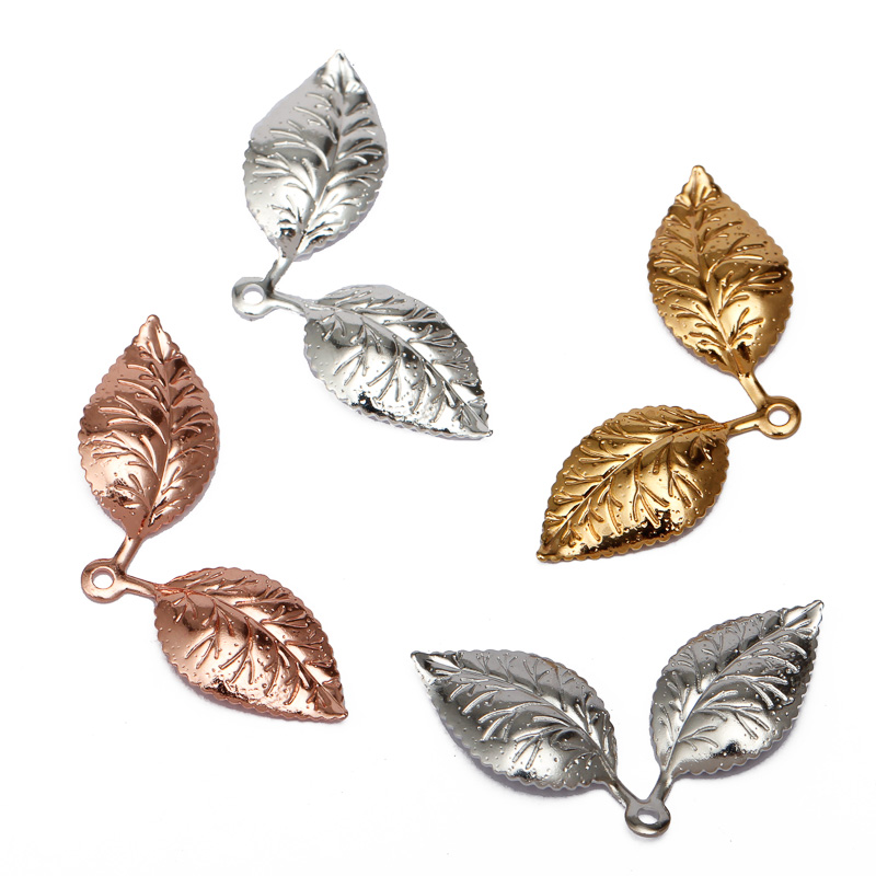 50pcs-lot-13x32mm-Leaf-Pendant-Charms-Vintage-Metal-Leaf-Jewelry-Findings-for-DIY-Fashion-Necklace-Accessoires