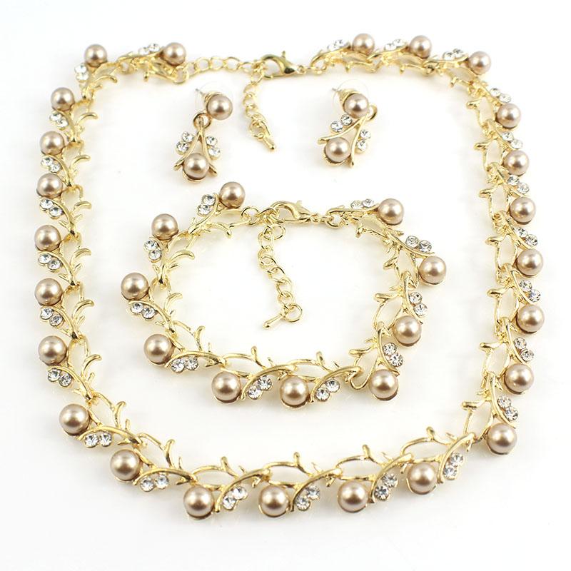 HTB1bTq1SFXXXXaKXXXXq6xXFXXX7 Luxurious Pearl And Crystal Wedding Party Jewelry Set - 5 Colors