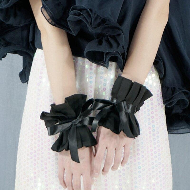 Fashionable Black Bows Decorate Fake Beaded Tassel Sleeve Gauze Fantastic Sense Flowing Department Perspective Decorated