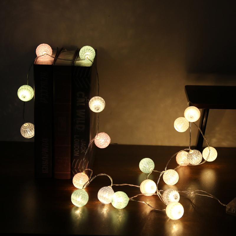 2.2m/7.2ft 20 Cotton LED Colorful Ball Light String Light Fairy Wedding Paties Holiday New Year Decor Illumination Dry Battery