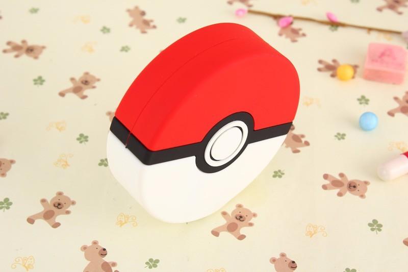 2600mah-Pokemons-GO-Power-Bank-Pokeball-Power-Bank-PVC-Phone-Charge-Power-Bank-Cartoon-3D-External (1)
